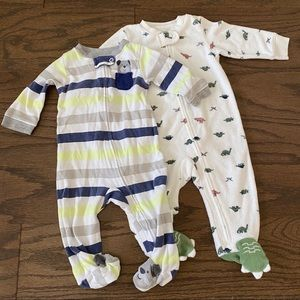 Carter's 6 month footed pajamas